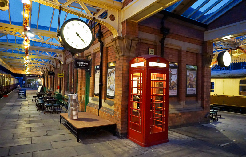Station at night - Alastair